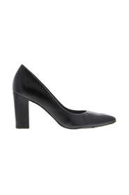Betney 1-a leather pumps