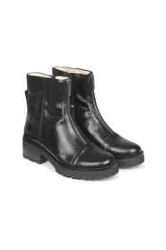 Boots 7605-101-1835