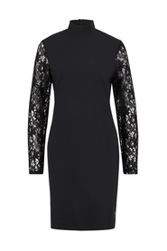 VALERIE TRAVEL DRESS WITH LACE