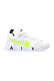 'Air Barrage Low' sneakers