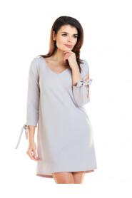 Sukienka z pęknięciami na rękawach  A257