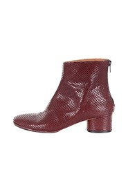 643913307 boots