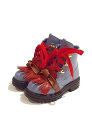 BOOTS WITH POINTED FRINGES AND RED LACES