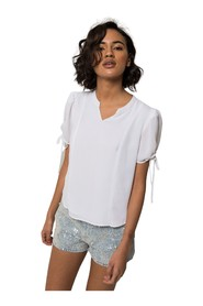 Blouse with drawstring on sleeves