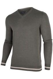 Romagno V-Neck Pullover