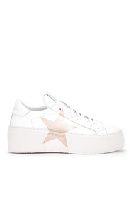 Mimosa sneaker with golden star