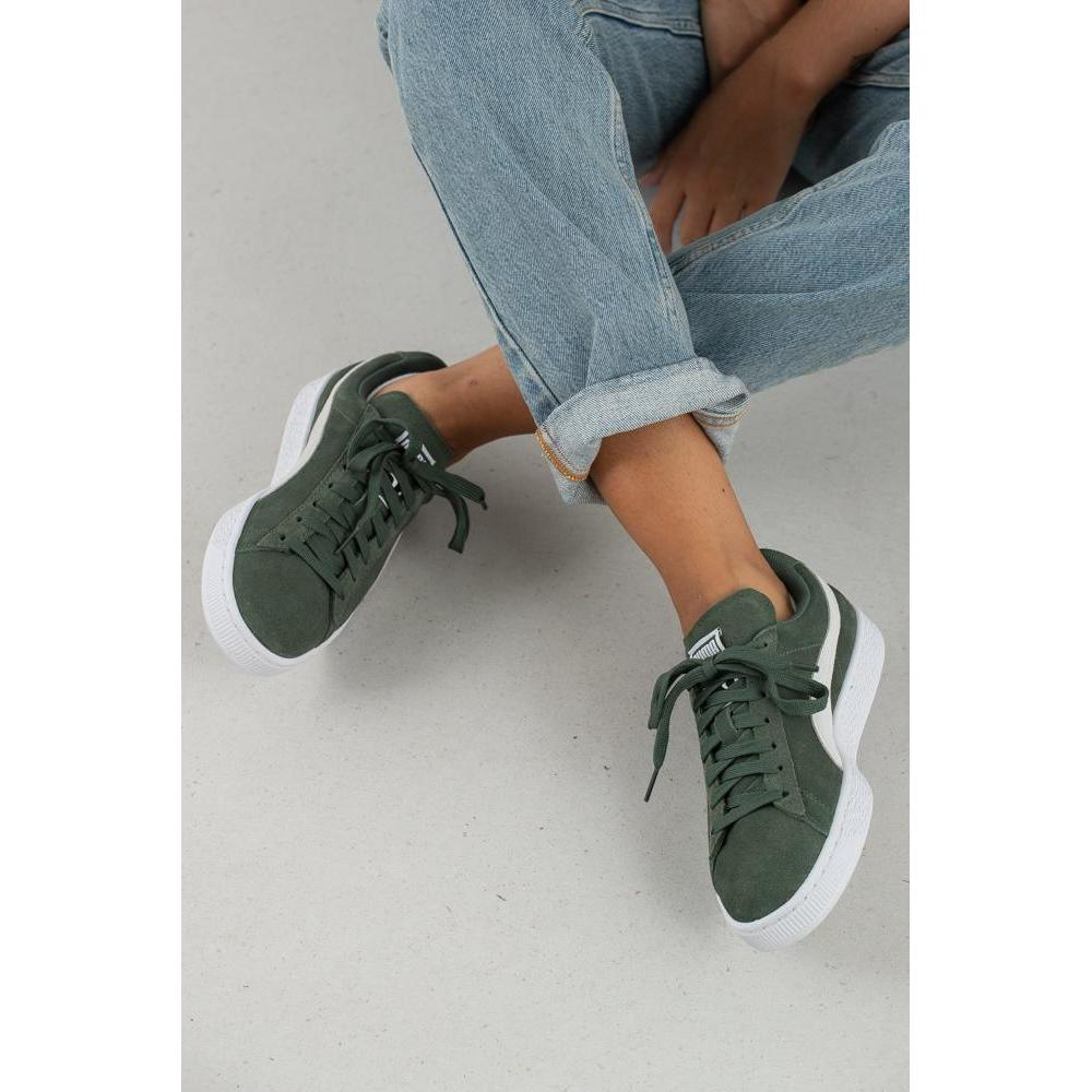 Classic Wns Suede