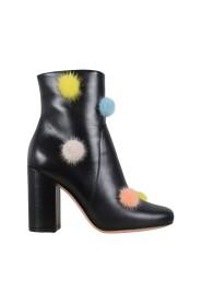 Støvler med pongponger