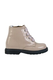 Boots 1696