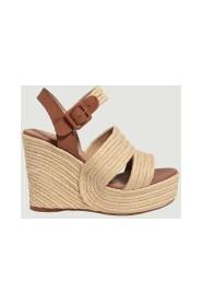 Java raffia sandals
