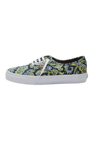 BUTY AUTHENTIC V4OPITN