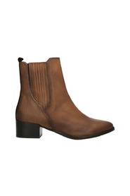 Boots 416-83232