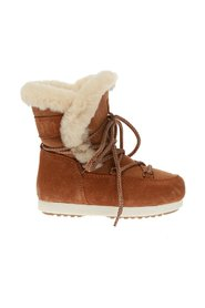 'Far Side' snow boots