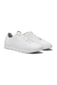Breeze Tennis Sneakers