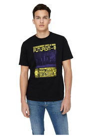 T-just T-shirt