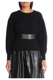 Round neck woolen sweater