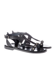 Flat gladiator sandal with rivets