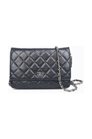 Pre-owned Caviar Wallet on Chain Bag