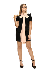 Pouch dress with contrasting bow
