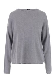 Pullover made of gray wool and characterized by boat neckline, long sleeves, ribbed details and regular fit. Color:Gray Made in: Italy Composition: 100% wool