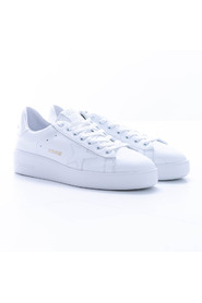 Pure leather low-top sneakers