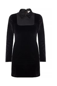 Dress with a collar
