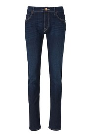 Ravello Fit Jeans