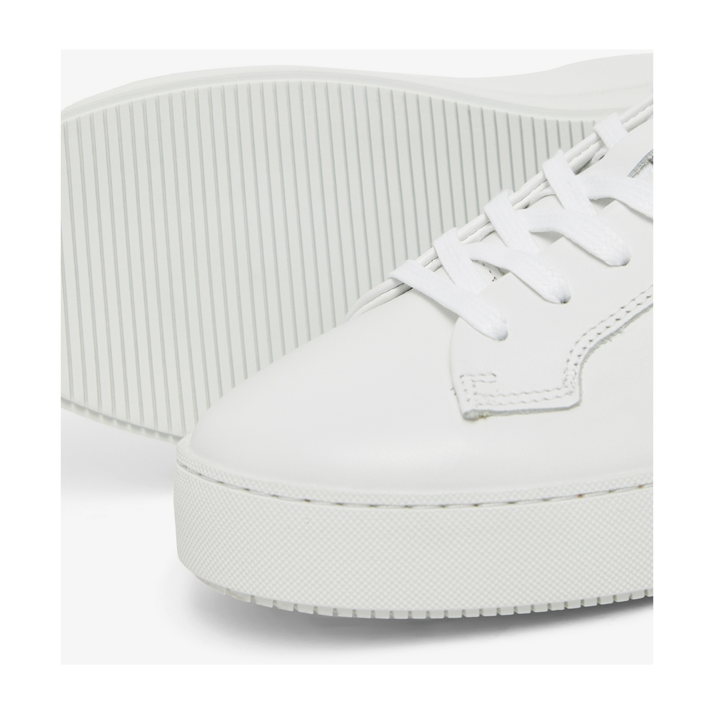 White Sports shoes | Tiger of Sweden | Sneakers | Men's shoes