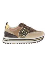 Maxi Wonder Sneakers
