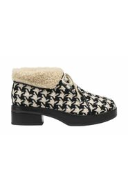 Houndstooth Boots