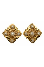 Pre-owned Vintage Gold-Tone Faux Pearl Clip-On Earrings