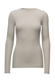 Angela Ls T-Shirt Topper