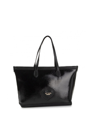 Patent leather shopper with scallop heart