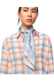 Petrine scarf