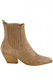 Boots 372-14-122246