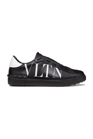 Open' Sneaker Met 'VLTN Logo'