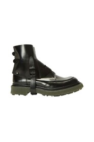 Type 134 Boots