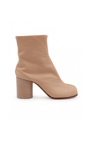Heeled ankle boots - Bestseller