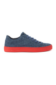 Essence Croco blue suede sneaker