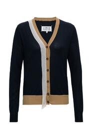 Cardigan with Contrasting Profiles
