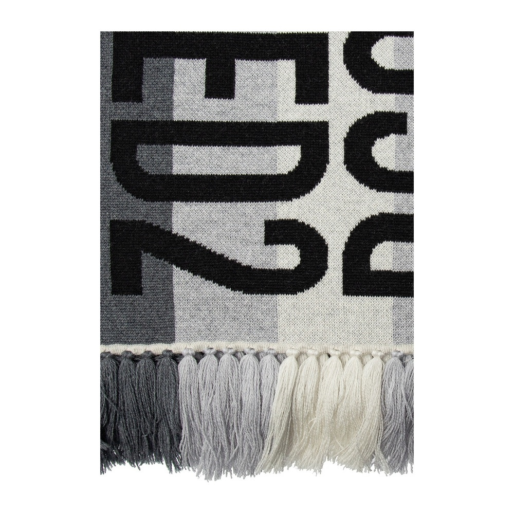 Gray Scarf with logo | Dsquared2 | Sjaals | Heren accessoires
