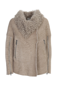 SHEARLING WITH ZIPPED LEEVES