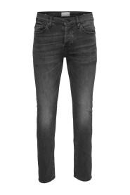 Slim fit jeans Met zwarte wassing loom