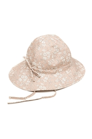 Liberty Yvonne Sommerhat
