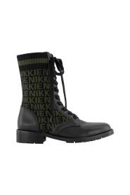 Diora jacquard boots
