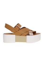 Crossed sandal