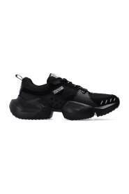 Gravity sneakers