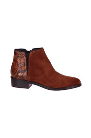 Ankle boots Snake