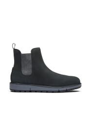 Motion Chelsea Lug Sole Boots