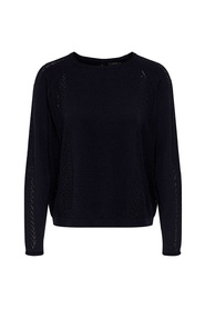Pull and maille